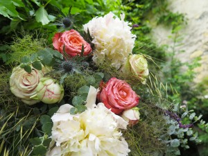 herbesfauves-fleuriste-bordeaux-mariage-wedding-fleurs-flower-tipi-colore-champetre-gramines-pivoine-rose-chardon-decoration-elle-imagine